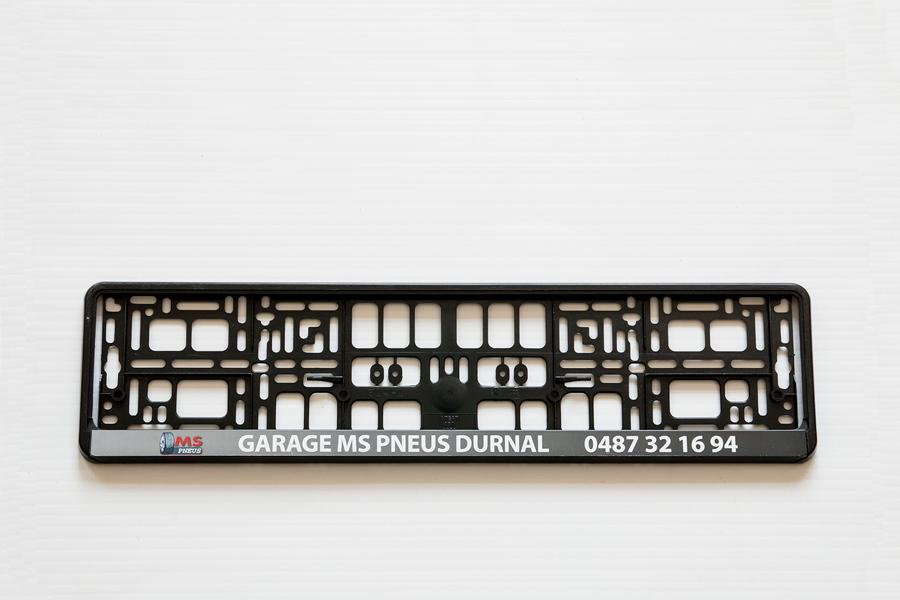 K-Grafik-Katrien-reclamedrukwerk-promotiemateriaal-sleutelhangers-nummerplaathouders-garagisten